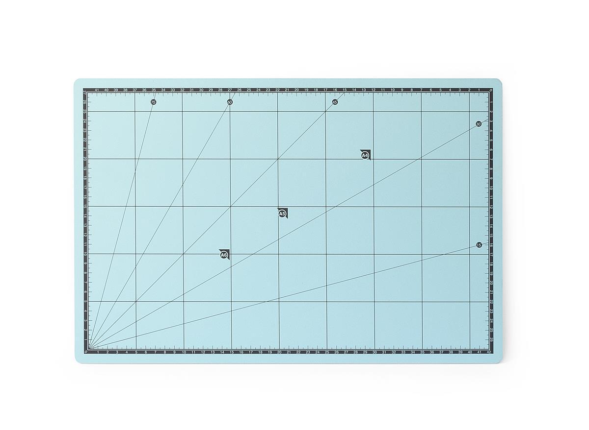 Highly self-regenerating cutting mat 45x30cm