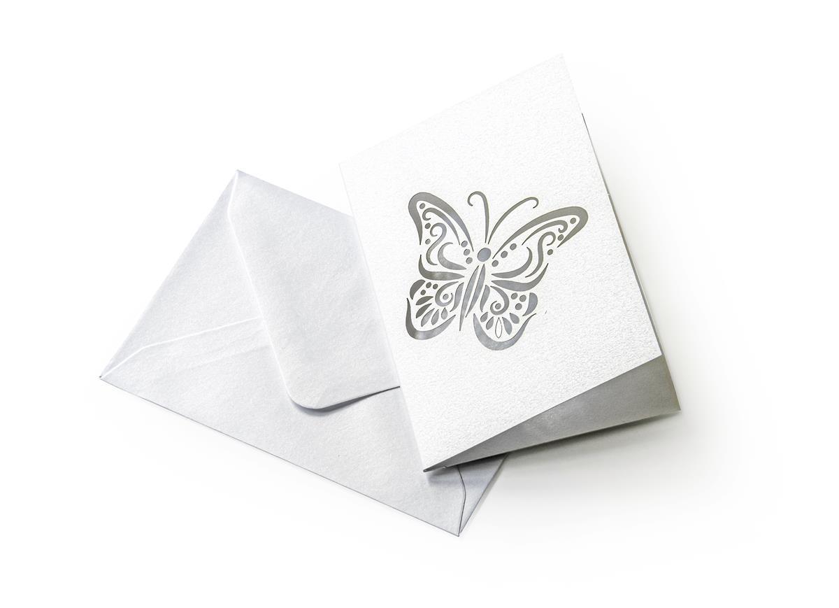 Zestaw z motylem Pearl biały (karnet+koperta 70x100mm)